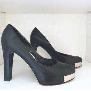 CHANEL | Black Leather Pump With Metal Toe Plate